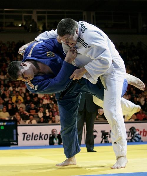 judo / Brazilian jiu-jitsu takedowns